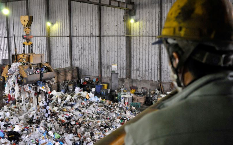 Improve Your Plastic Waste Management With These 7 Top Tips-1